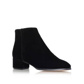Roxy from KG Kurt Geiger