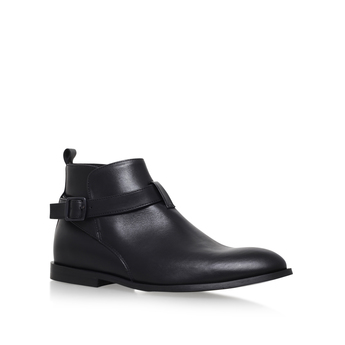 Lester from KG Kurt Geiger