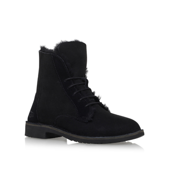Quincy from UGG Australia