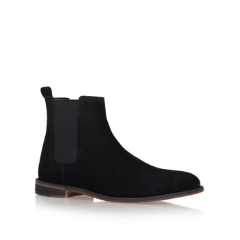 Cole from KG Kurt Geiger