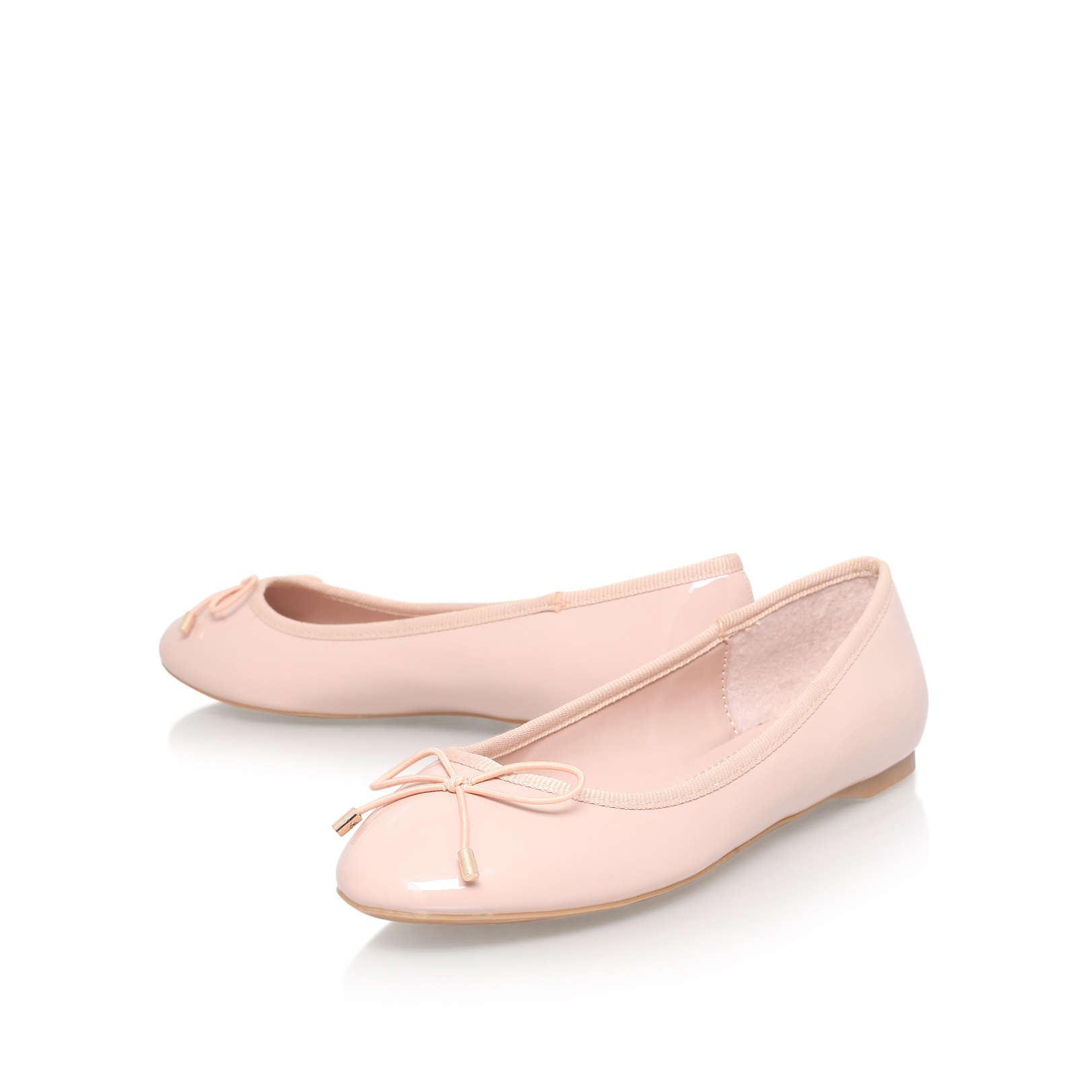 Low Price Flat Shoes