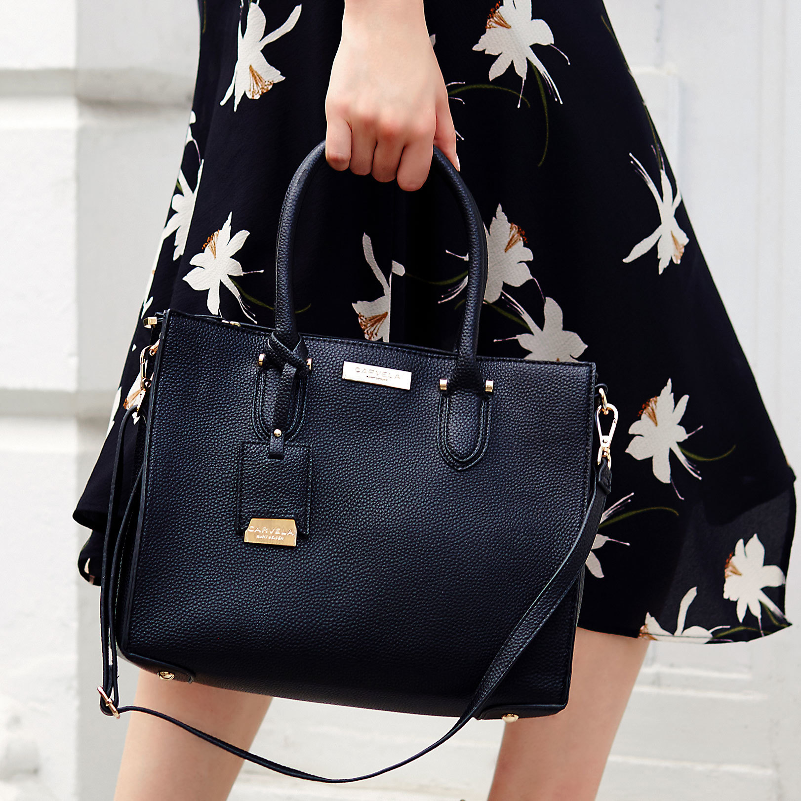 6adb89e54ac0 ROBYN STRUCTURED TOTE Carvela Robyn Black Tote by CARVELA