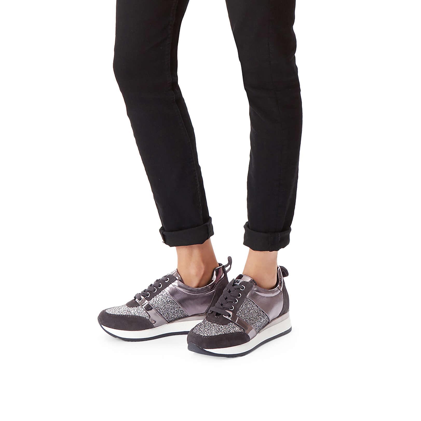 JUSTIFIED - CARVELA Sneakers