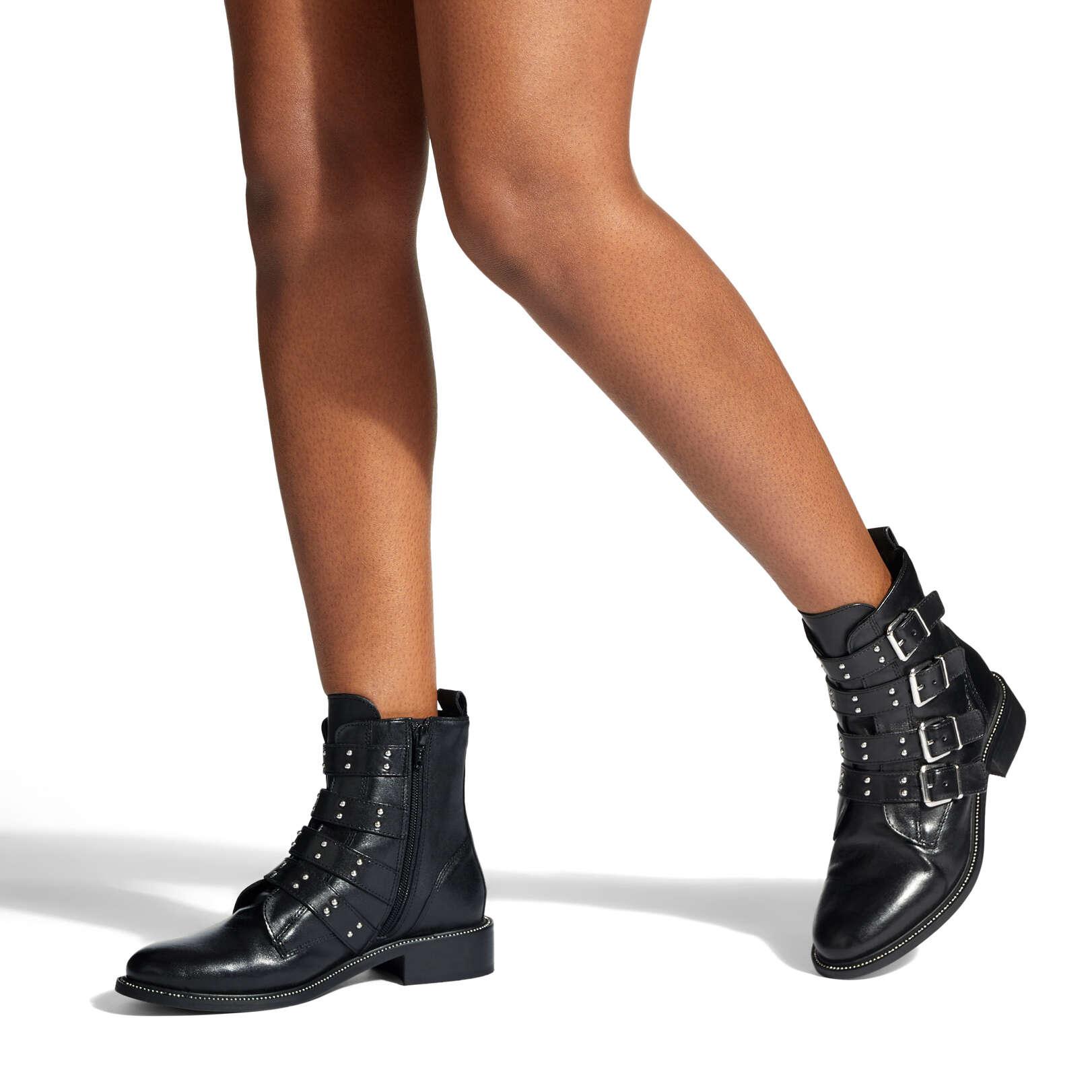 STRAP - CARVELA Ankle Boots