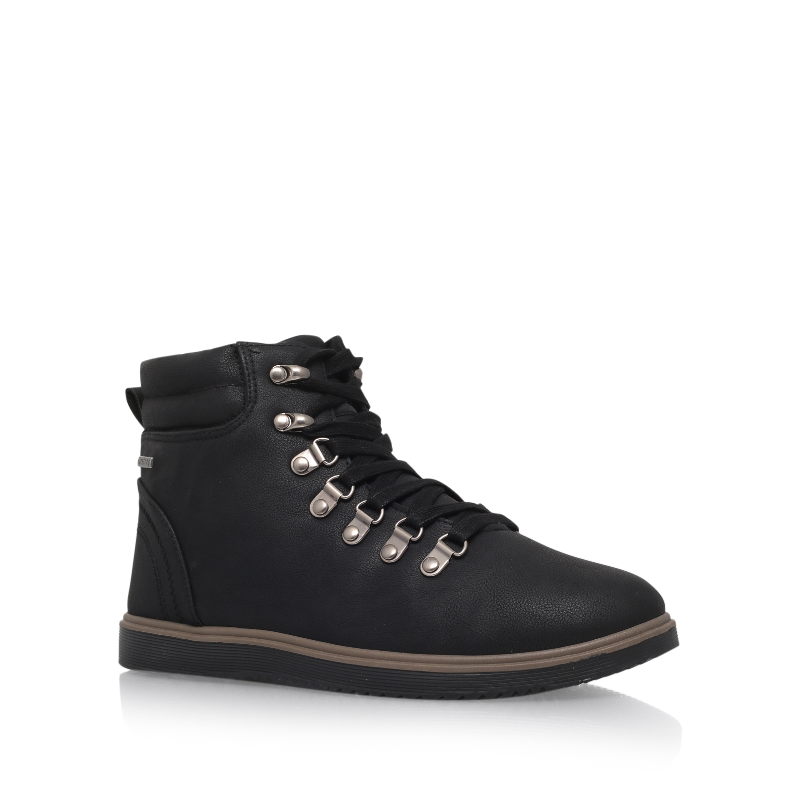 EYELET ANKLE BOOT