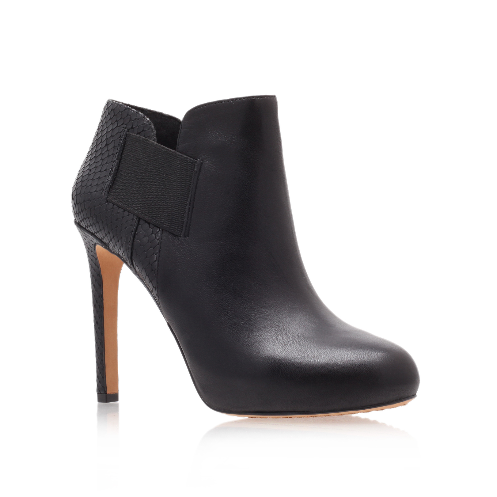 ariana, black  by vince camuto -