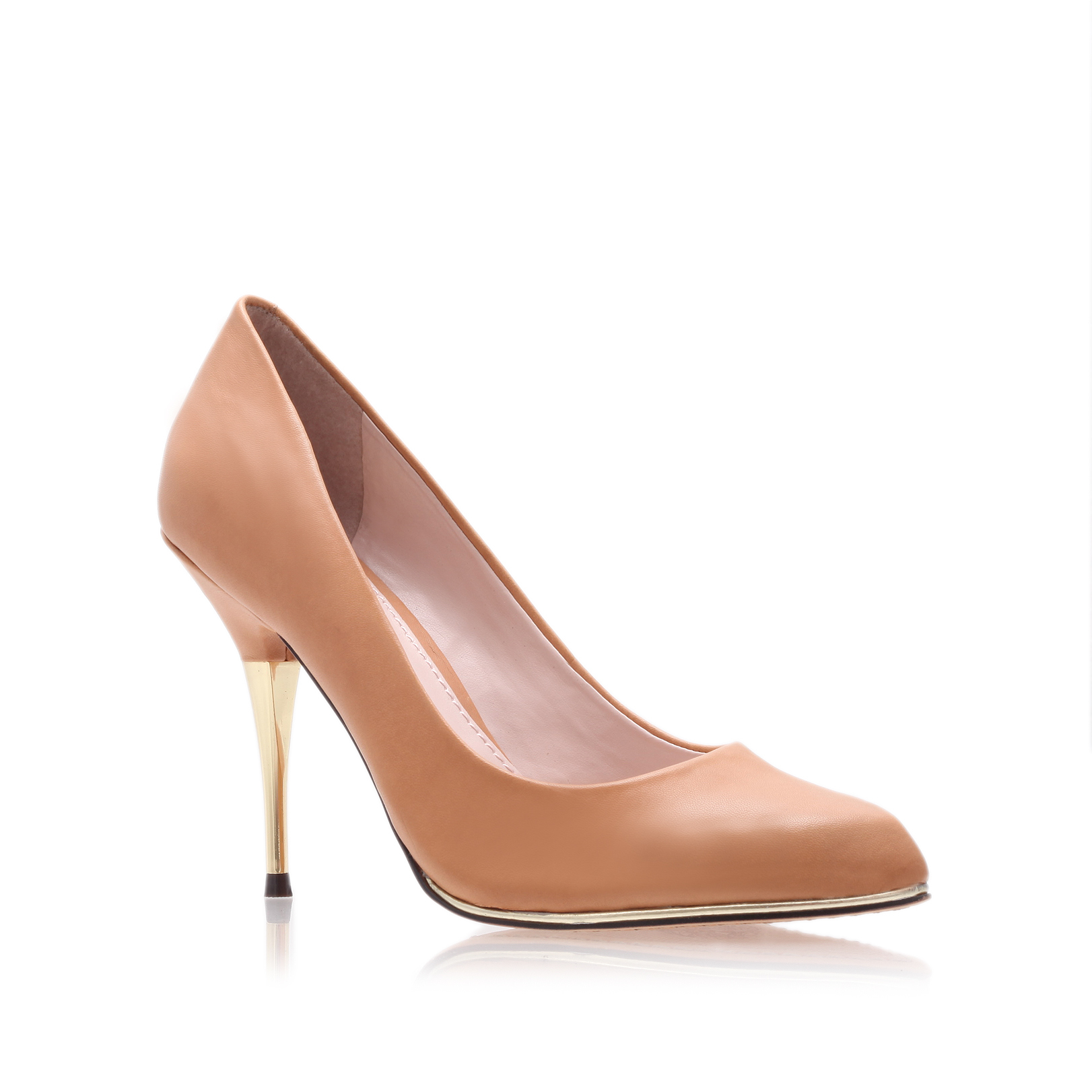 galette2, camel  by vince camuto -