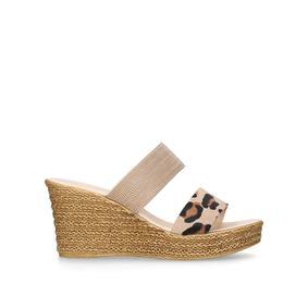 Ladies carvela Comfort Diamanté slip on sandals size7 use