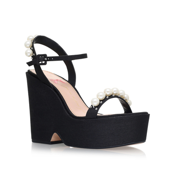 Hettie from KG Kurt Geiger