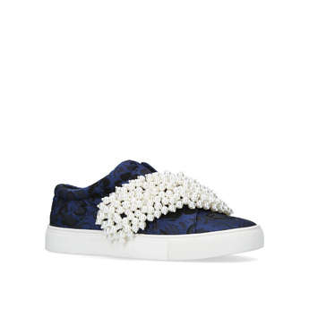 Ottis from KG Kurt Geiger