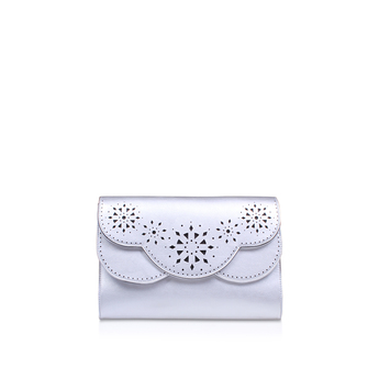 Ailey Clutch Me from Nine West