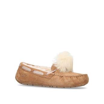 Dakota Pom Pom from UGG