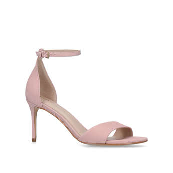 Glimmering from Carvela