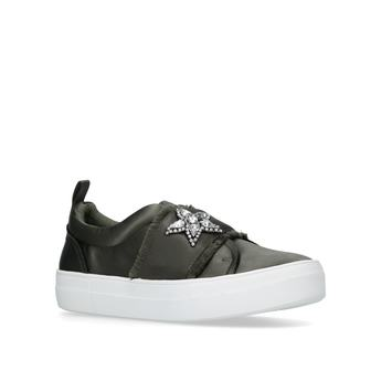 Graphic/grap01s1 from Steve Madden