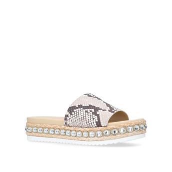 Kandle from Carvela