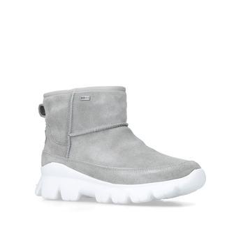606279ef0cb Cheap Women's Ugg Boots & Slippers | Tall, Short & Bailey | Shoeaholics