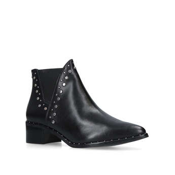 Doruss from Steve Madden