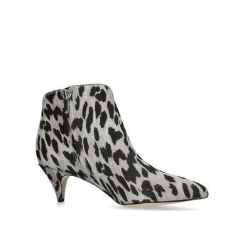 Kinzey from Sam Edelman