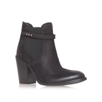Stand from Carvela Kurt Geiger