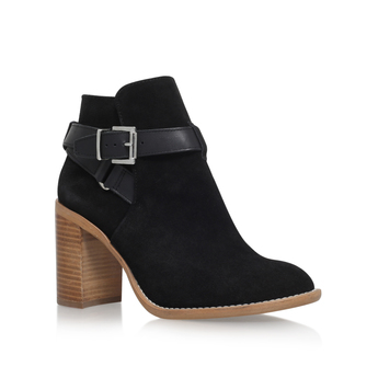 Scarlett from KG Kurt Geiger
