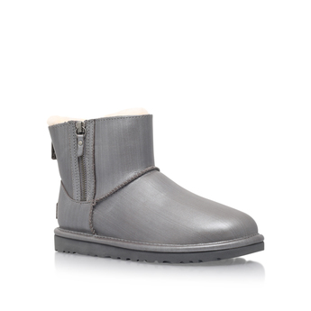 Classic Mini Double Zip from UGG Australia