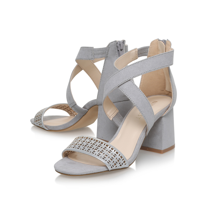 4d9391e0923e74 Chandelier Grey Mid Heel Sandals By Nine West