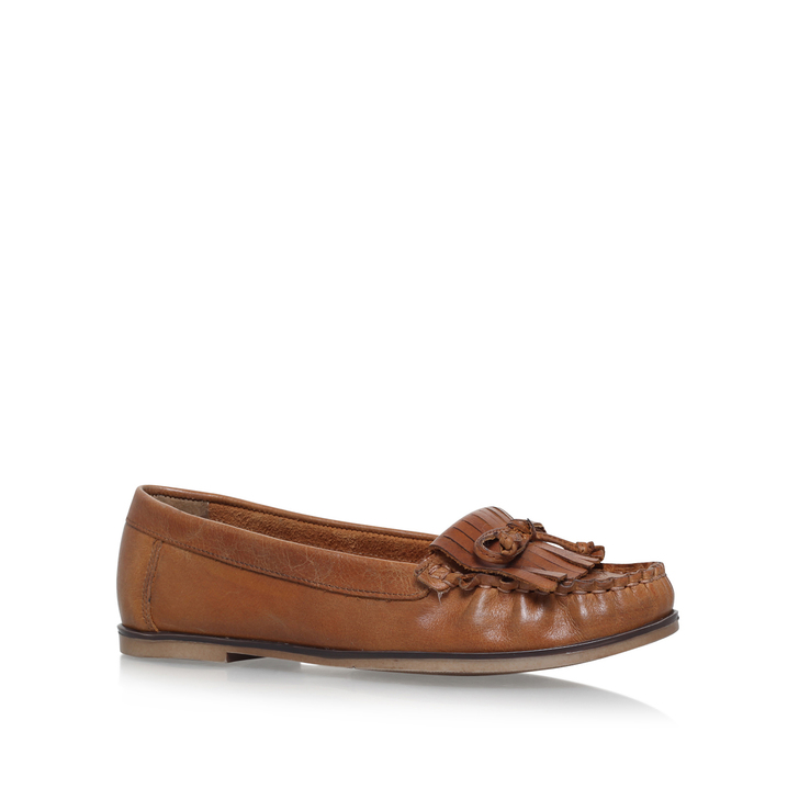 Mocking Leather Flat Shoes - Tan Carvela oneLEkSa9Z