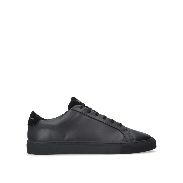 Donnie. Black Low Top Sneakers