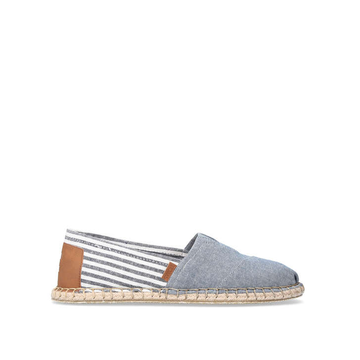 BLANKET STRIPE SLIP ON