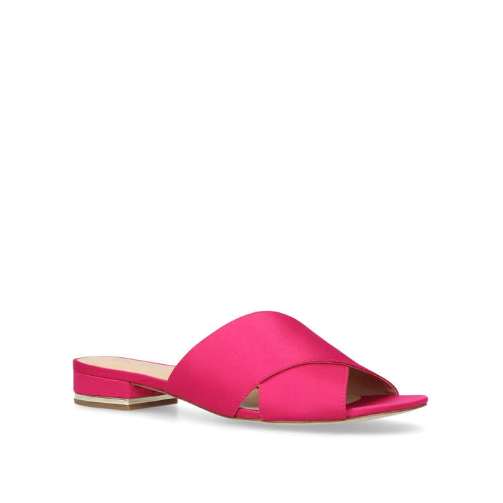 SHELLY FLAT SANDAL