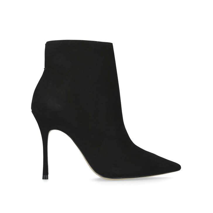 Sculpted Heel Black Boots