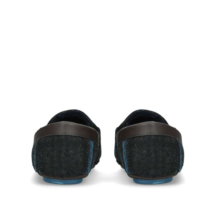 PYTRE CHECK SLIPPER