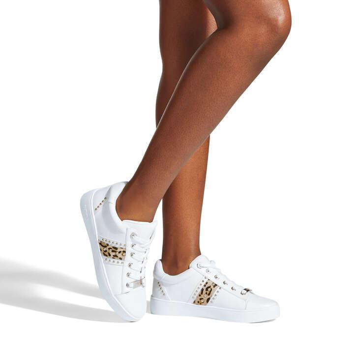 Jargon White Stud Sneakers By Carvela