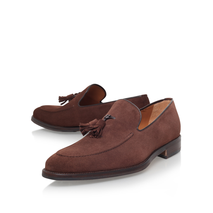 APRON TASSLE LOAFER