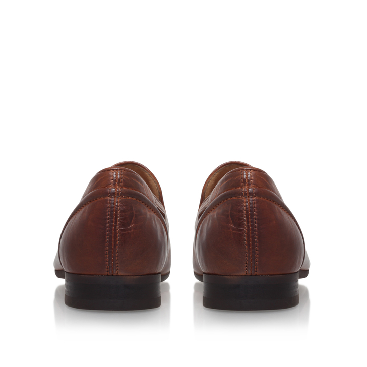 PIERRE TASSLE LOAFER