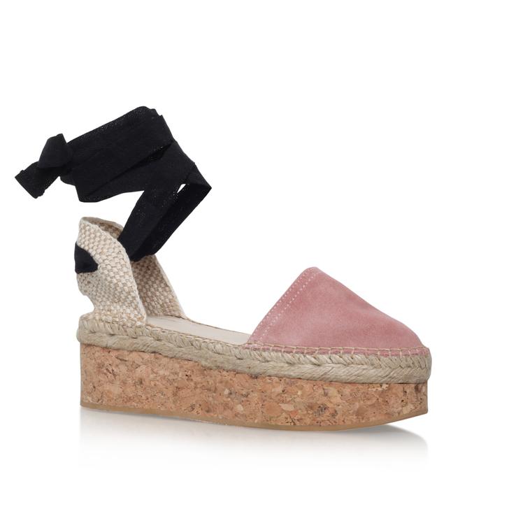 ed9b25f4015c Kupkake Nude Flatform Sandals By Carvela