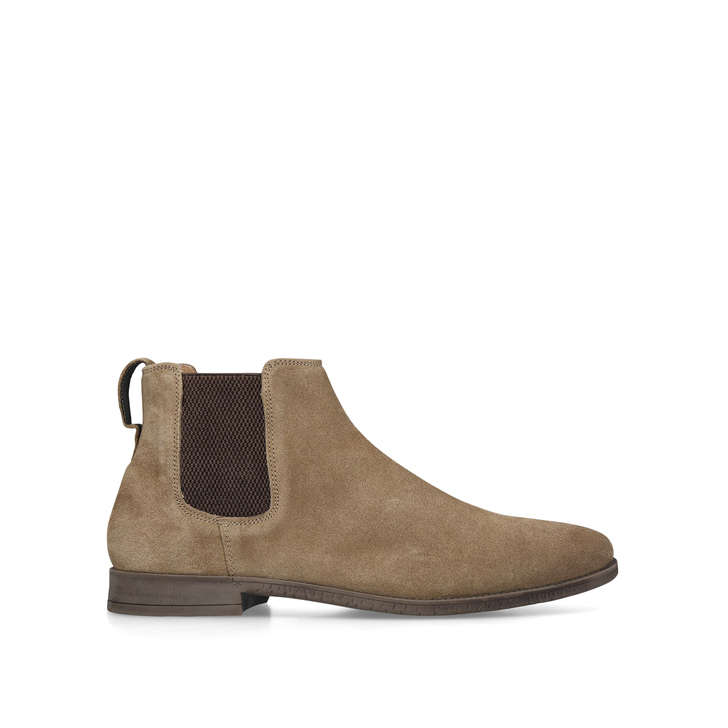 Guildford. Tan Chelsea Boots